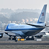 Air Force One mit Präsidenten Tump